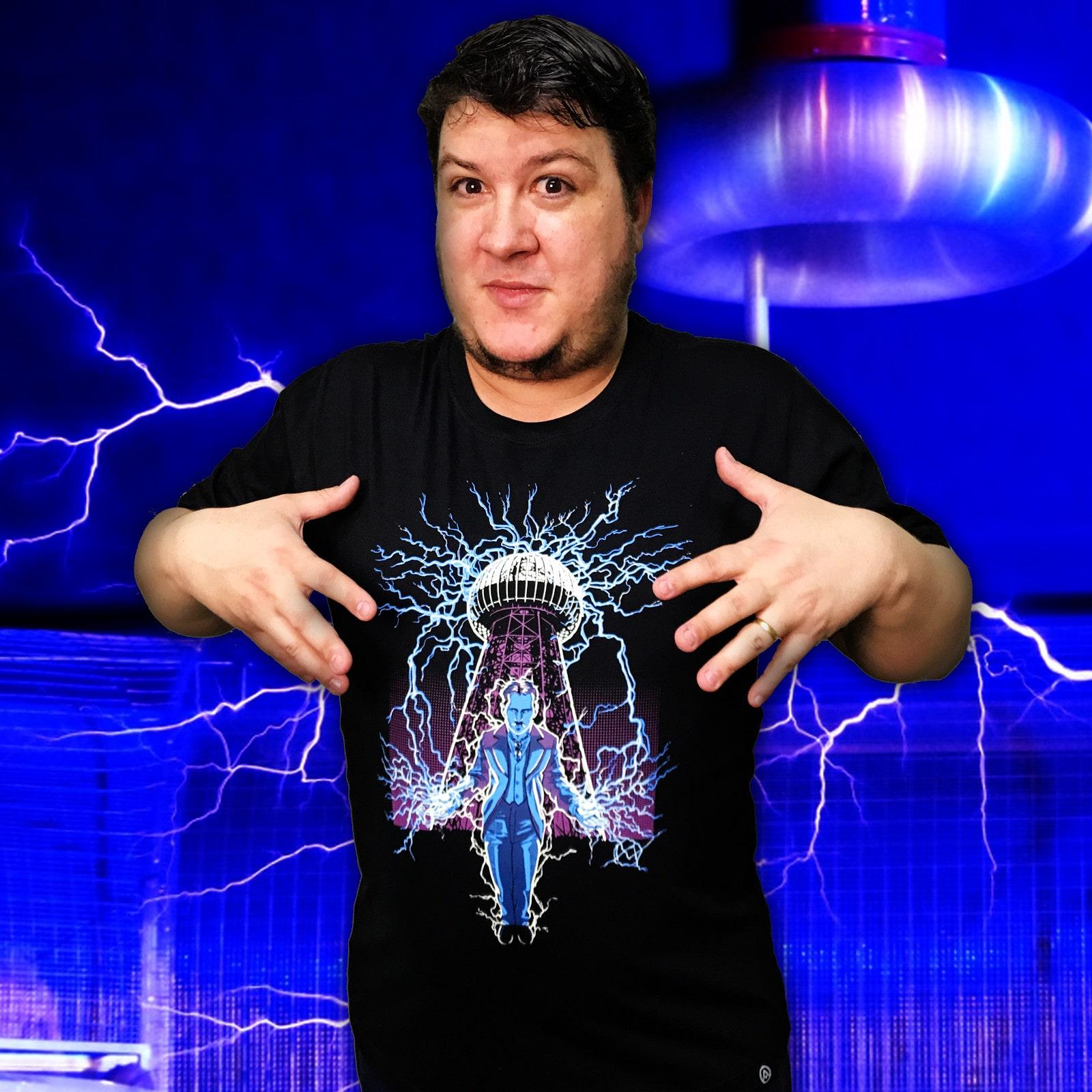 Camiseta Tesla (Brilha no Escuro!)