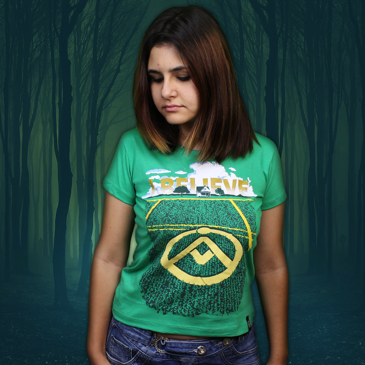 Camiseta Crop Circle (Brilha no Escuro!)
