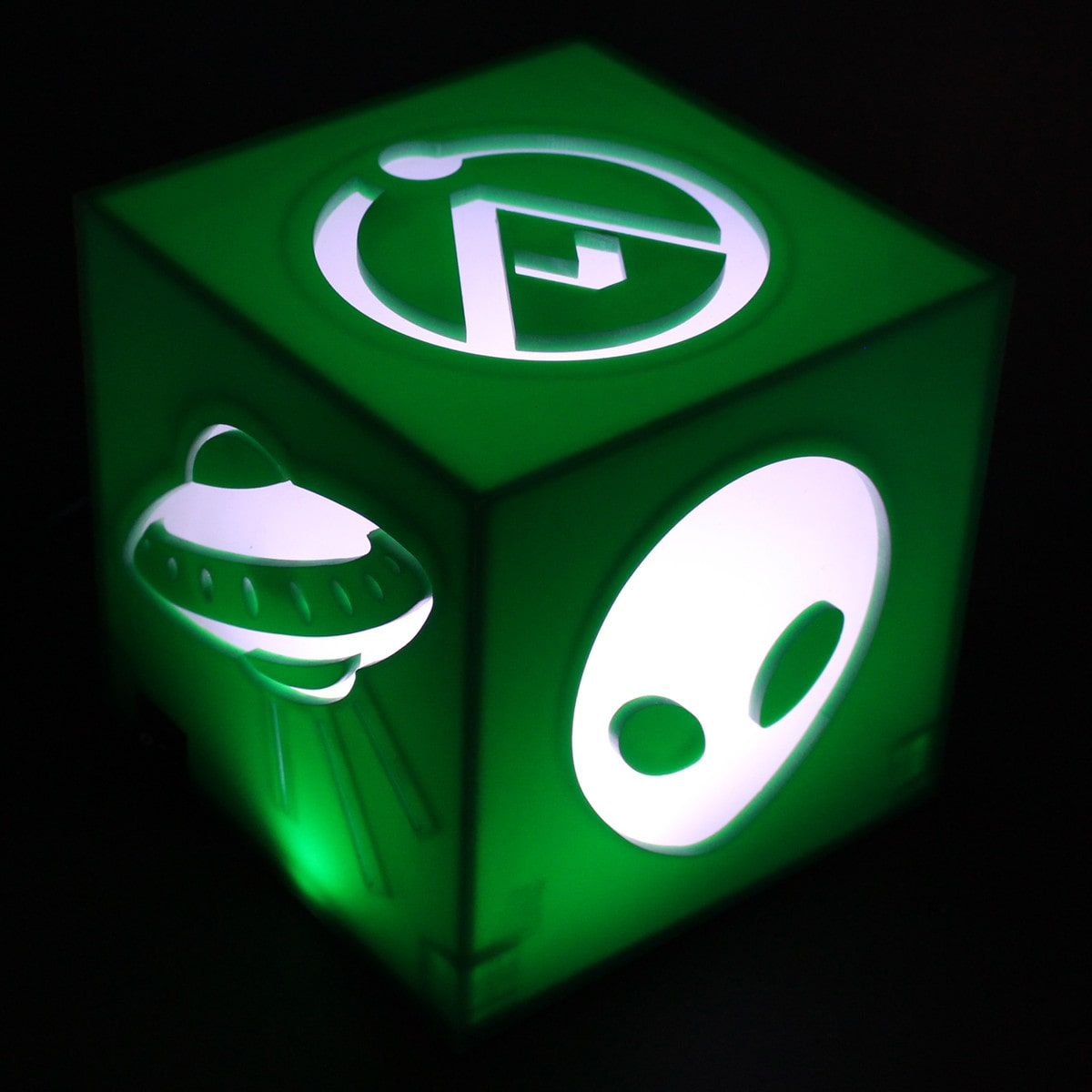Luminária Cubo: Ufologia