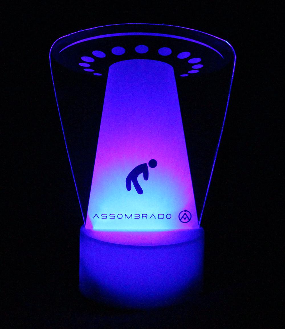 Luminária em Acrílico Sem Fio: Abdução